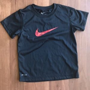 Nike dry-fit short sleeve shirt - 7